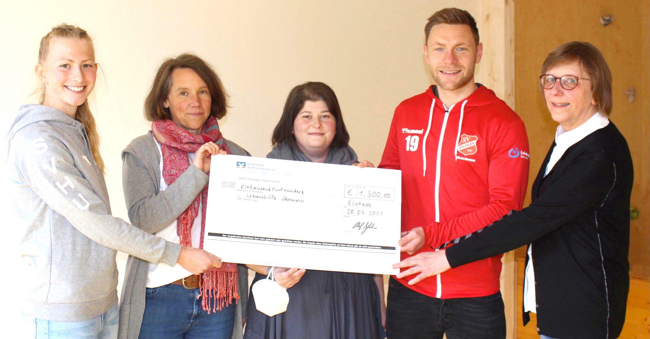 AOK-Social-Ticket: 1500 Euro für die Lebenshilfe Stormarn